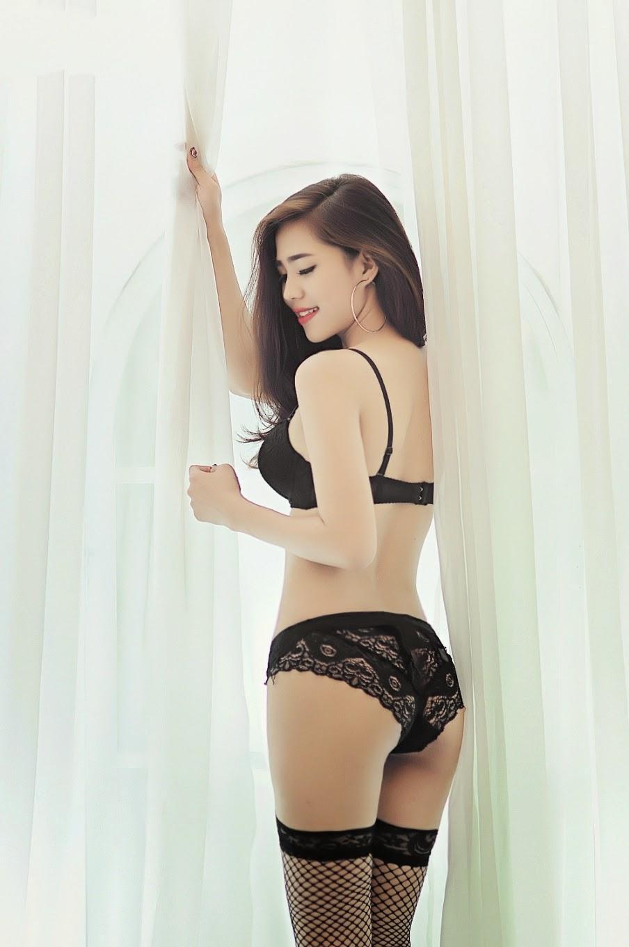 bộ ảnh bikini màu đen đẹp quyến rũ-1