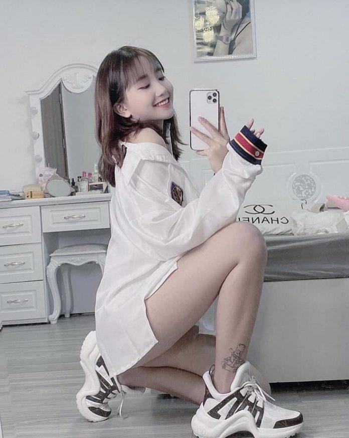 dan-hot-girl-viet-2k4-lam-loan-tik-tok-bang-loat-tai-khoan-trieu-follow-2