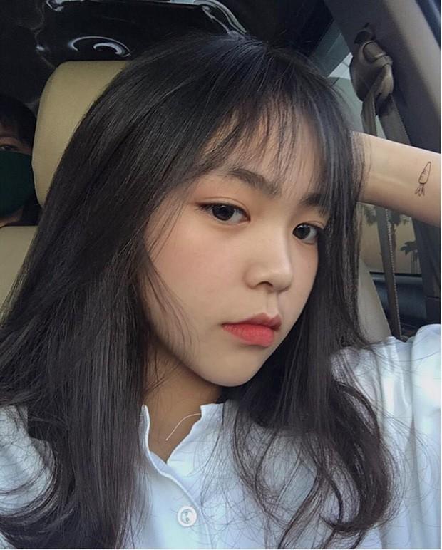 dan-hot-girl-viet-2k4-lam-loan-tik-tok-bang-loat-tai-khoan-trieu-follow-6