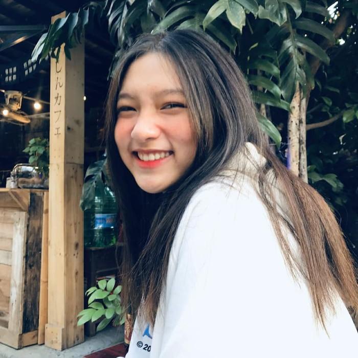 dan-hot-girl-viet-2k4-lam-loan-tik-tok-bang-loat-tai-khoan-trieu-follow-Hinh-11